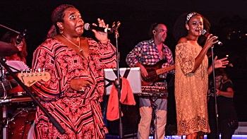 FRESH party, soul and motown live music band with 2 soul singer for a Soul Divas Show in Majorca