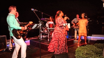 FRESH Party, Soul und Motown Band Mallorca zur Sommer party im Restaurant La Terraza in Alcudia