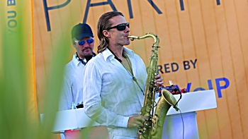 saxophonist and Dj of FRESH party, soul and motown live music band Majorca